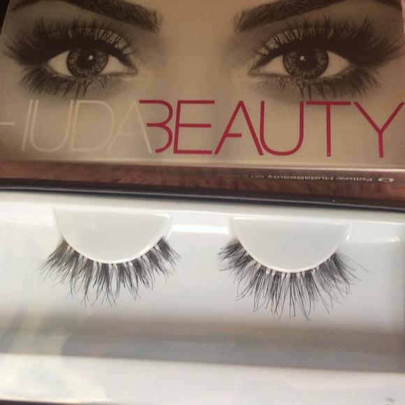 4c822e2a89c Huda beauty lashes in giselle. M_5adfb2e4daa8f6d1757aa11f